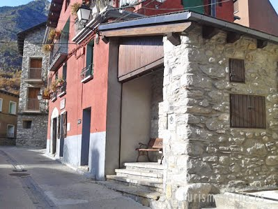TURISMO VERDE HUESCA. Casa del Sastre 2 en Eriste